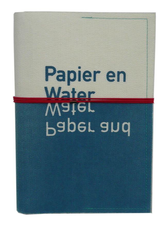 Papier en water | Uitgave Papier Biënnale 2000 omslag